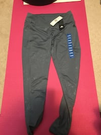 Brand new jogging pants for girls. Vancouver, V6A 1M1
