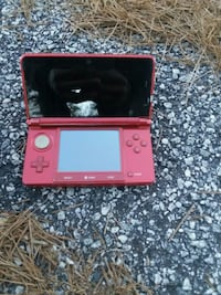 red and black Nintendo DS Columbus, 31907