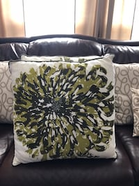 4 Decorative Pillows ~ All For $20 Gainesville, 20155