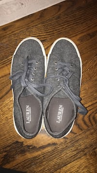 pair of gray Vans low-top sneakers West Hempstead, 11552