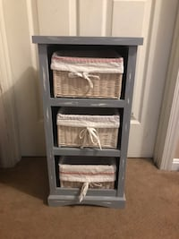 Storage shelf with baskets  Derwood, 20855