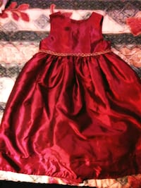 Brand new  burgundy little girl dress size 5T Statesville, 28625