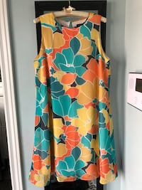 Nine West summer dress Size 10 but fit up to size 12 Oshawa, L1K 0R7