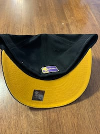 Several like new-brand new hats Barrie