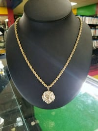 10k rope chain with a pendant  Austin, 78702