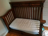 Convertable crib toddler bed Albany, 12205