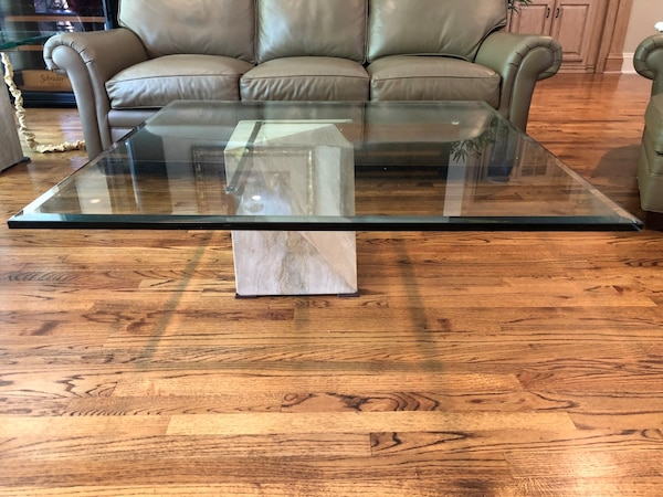Very Contemporary Marble And Gl Coffee Table End Set In Great Condition Looks With Any Decor Ing As A For 375 00 Or