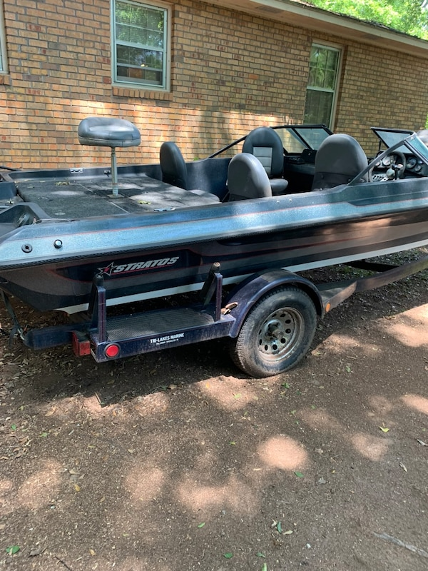Boat and trailer for sale 43beea2b-0908-4478-8df0-bb75047dbdf2