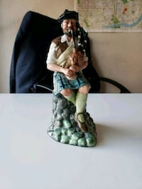1979 Royal Doulton The Piper Made in England  Calgary, T2R 0S8