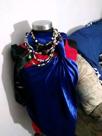 Make outfits in jewelry whatever you want and as many as you want.