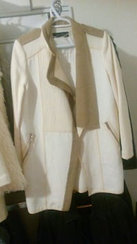 Zara spring modern coat. Excellent condition London, N6G 0A6