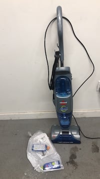 BISSELL WET VACUUM CLEANER WORK GREAT LIKE NEW