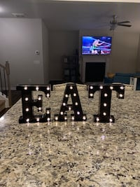 Lights up eat sign Comes with a controller Canton, 30114