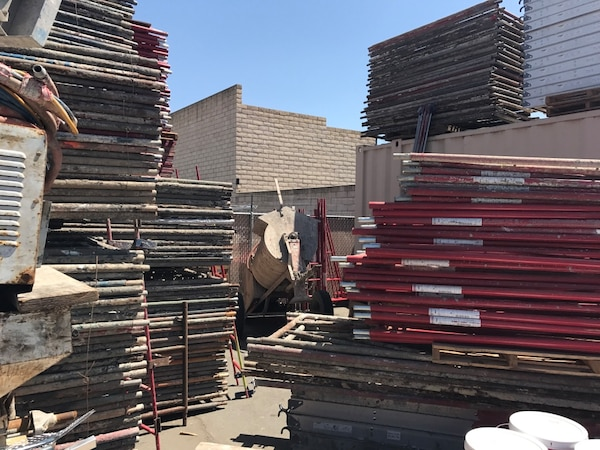 Used Scaffolding For Sale >> Scaffold Scaffolding Plaster Plastering Lath Lathing