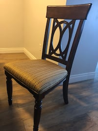 brown wooden framed brown padded chair Cambridge, N1R