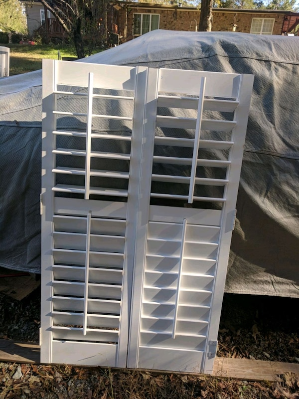 Astounding Used White Wooden Louver Door Cabinet For Sale In Download Free Architecture Designs Scobabritishbridgeorg