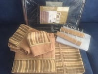 Vintage brand new 17 pieces shower curtain set  Montréal, H4N