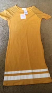 women's yellow sleeveless dress Lubbock, 79415