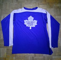 USED Vintage Maple Leaf Sweater (Men) Toronto