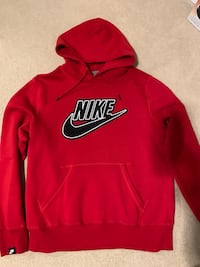 Men's New Nike Sweaters Waterloo, N2T 2Y7