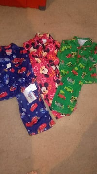 3 set of Boys winter pajamas boys pjs lot 2/3 New Theodore, 36582