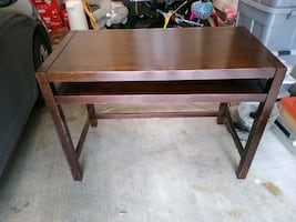 Wooden desk with pull out keyboard shelf & storage