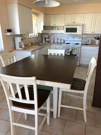 4 piece table set Burnaby, V5A 1H3