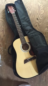 First act beginner guitar comes with case Egg Harbor, 08234