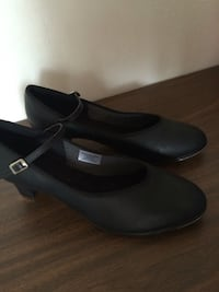 Like new character tap shoes size 11 San Diego, 92119