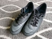Nike Soccer Boots - Size 1 Port Moody, V3H