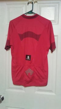 red and black Nike crew-neck t-shirt Calgary, T2T