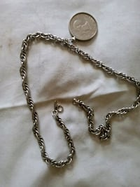 Necklace an $1 coin pendant Manchester, 03103