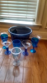 Having a party? Ice bucket and margaritas and plastic wine glasses