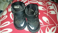 pair of children's black-and-white Nike Lebron high-top sneakers Muscatine, 52761