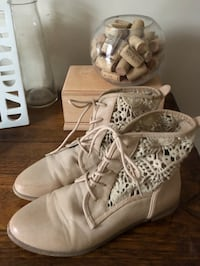 Forever 21 booties  Oakville, L6H 4S5