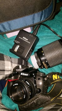 Nikon d7000camera with extra lens and battery Herndon, 20170