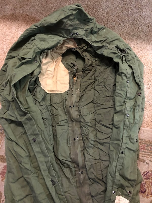 Vintage Army Sleeping Bag e6a252f1-569b-45bc-b068-ea7e75245db9