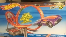 HotWheels power shift raceway box