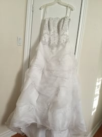 David's Bridal Strapless Wedding Dress Size  6 Brand New with Tags Mississauga, L4Y 1Z1