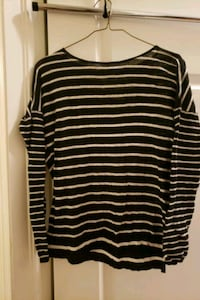 Striped back and white sweater Whitby, L1N 5Z7