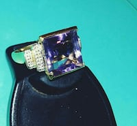 14 kt solid gold ring/ purple amethyst/ diamonds 128 mi