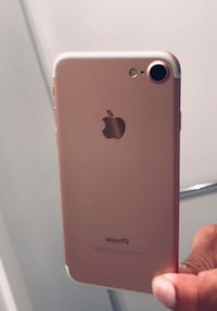 iPhone 7 carrier unlocked 32gb Excellent Condition  Vancouver, V6B 0H1