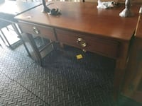 brown wooden single-drawer desk Fort Wayne, 46819