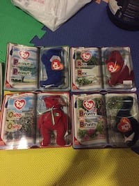 Collectible bears TY Mississauga, L5E