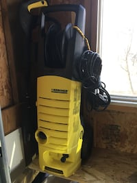 Pressure washer. 2000kpi. Used several times only, working perfectly. Moving to an apartment and no longer needed. Price is 120 OBO Richmond Hill, L4C 1L6