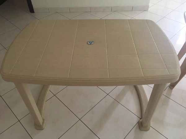 Nilkamal Plastic Table + 4 Chairs - Almost New