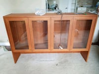 China cabinet Guelph, N1L 1E1