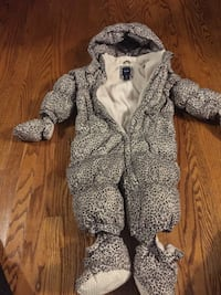 GAP snowsuit 12-18 months Ajax, L1S 6Z2