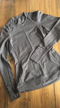 Lululemon, ladies size 6, excellent condition  Edmonton, T6R 0R9