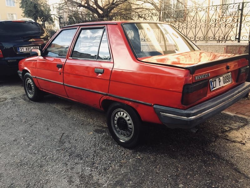 1990 Renault Brodway 1.4  1924ed25-a81d-4699-9c5e-fa81a62dcd97